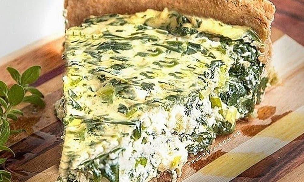 Quiche de brocolis com alho-poro