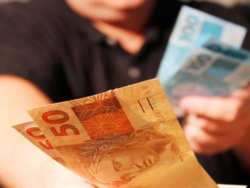 8 treinamentos rápidos para ganhar dinheiro por menos de 100 reais