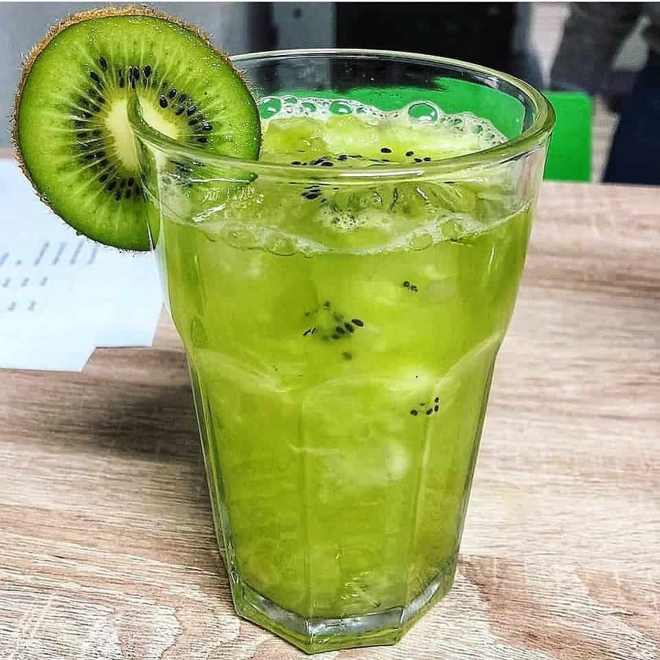Receita de caipiroska de kiwi kiwiroska