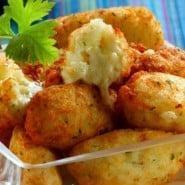 Receita de Bolinha de batata arroz e queijo