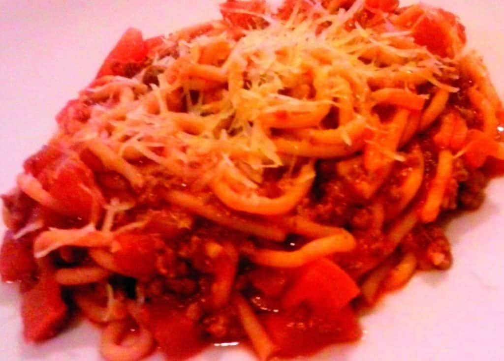 Receita de Espaguete à Bolonhesa de Pressão