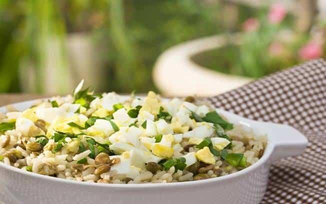 Receita de Arroz com lentilhas e ovos cozidos