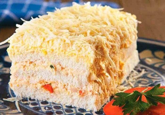 Receita de Torta de pão de forma