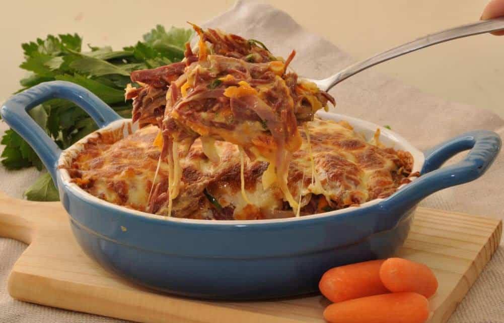 Receita de Salpicão quente de carne seca