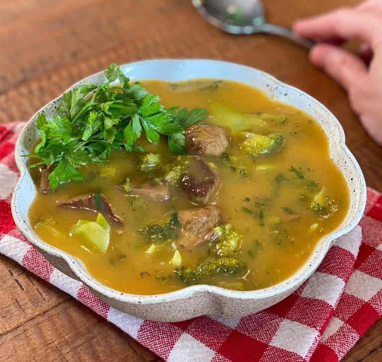 Receita de sopa cremosa com carne