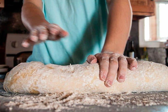 Pão caseiro: 11 Receitinhas fáceis de pão para fazer em casa