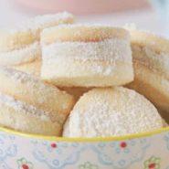 Receita de Biscoito casadinho com leite ninho