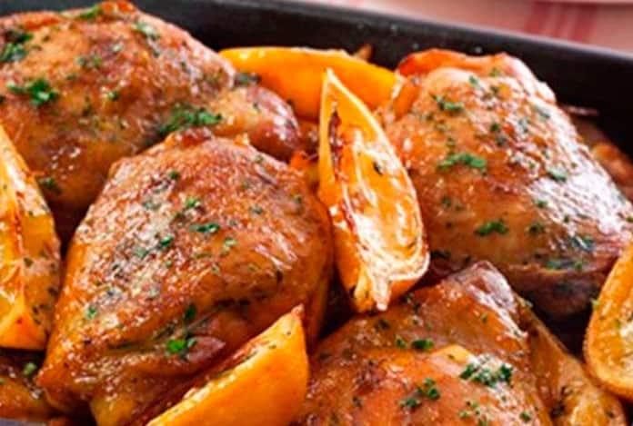 Receita de sobrecoxa de frango ao molho de laranja