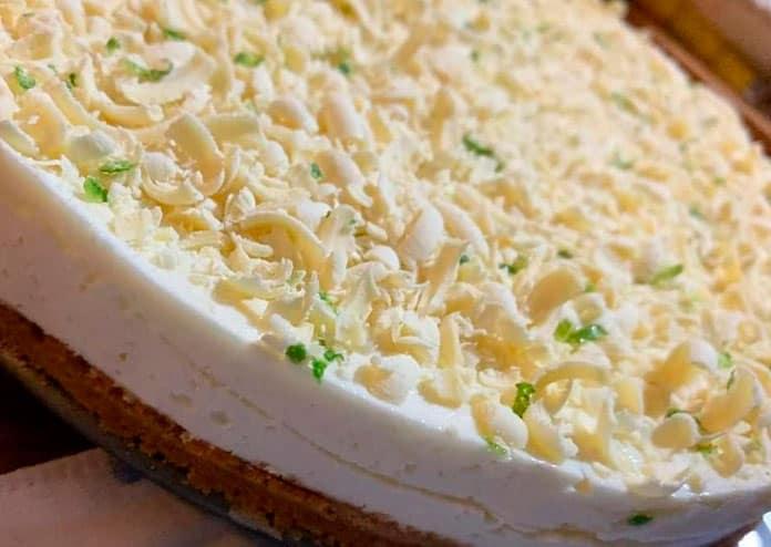 Receita de torta mousse de limao com chocolate branco