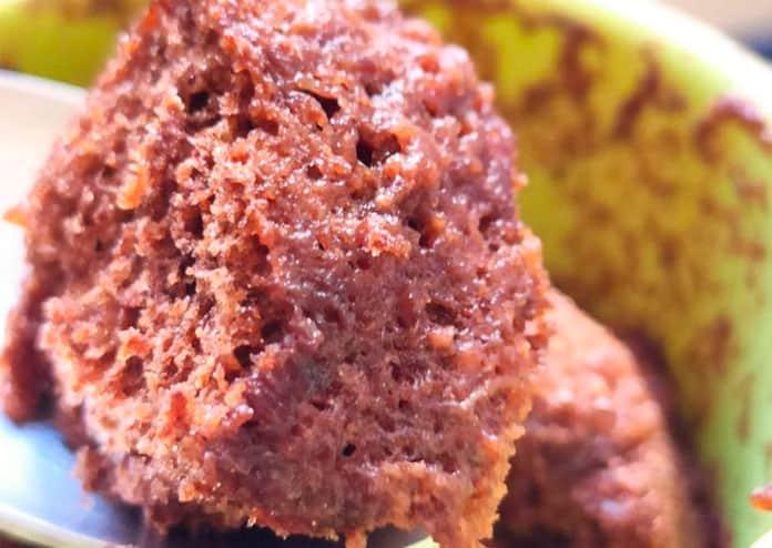 Receita de bolo de caneca proteico de cacau