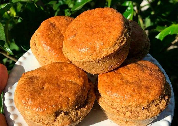 Receita de Muffin saudável de paçoquinha