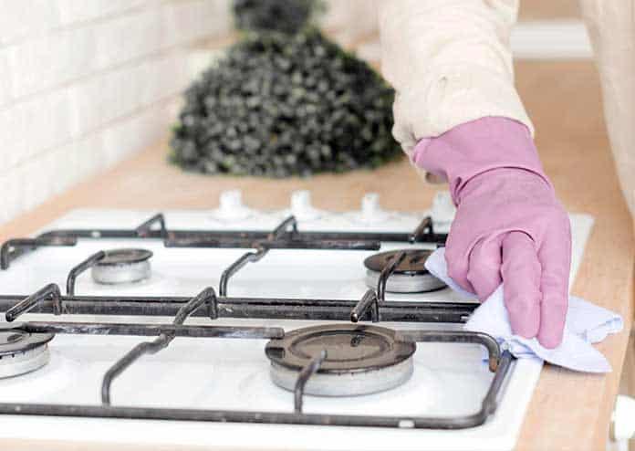 Dicas práticas para limpar fogão